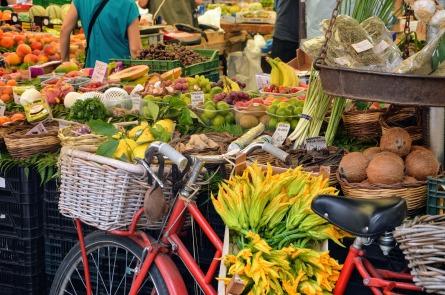 market-3720612_1920.jpg
